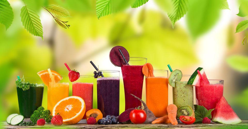 Frische Fruchtsäfte, gesunde Getränke