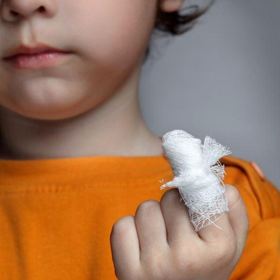 verletzter Finger