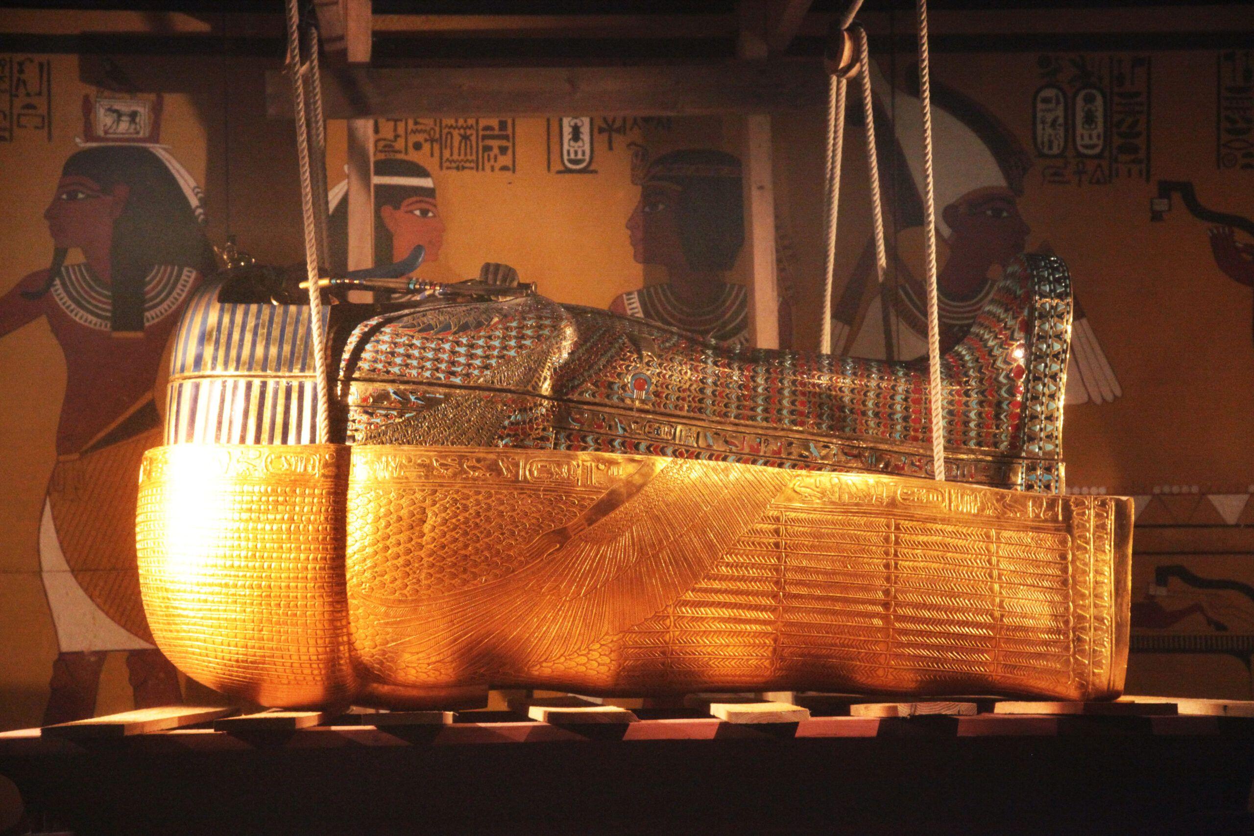 King tut golden mummy cases 02 scaled