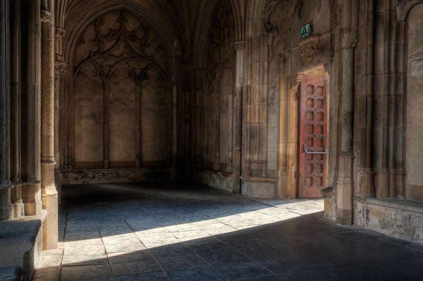 Kirchentür, Kirchenausgang