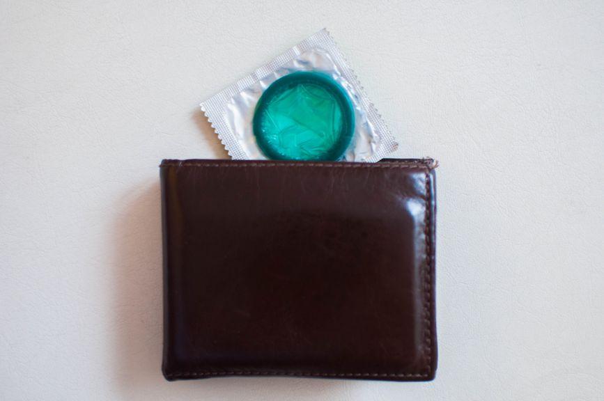 Portemonnaie mit Kondom