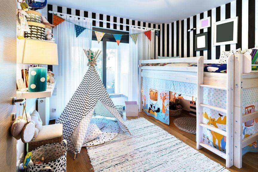Kinderzimmer mit Tippi und Hochbett