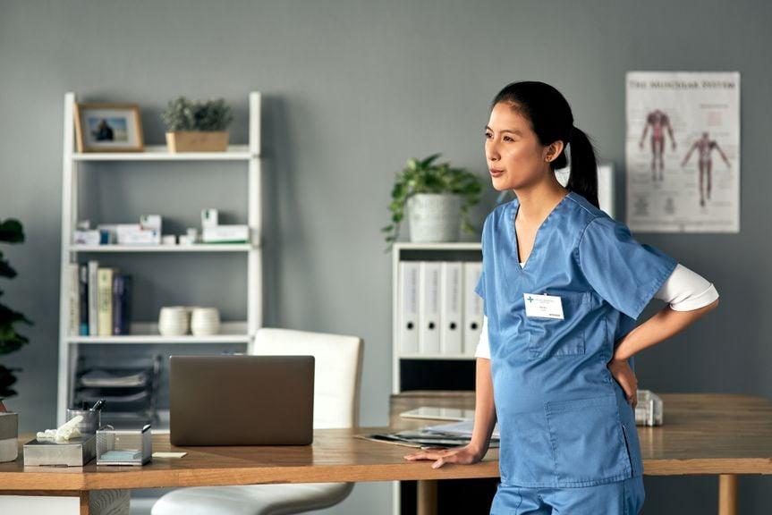 Schwangere Ärztin