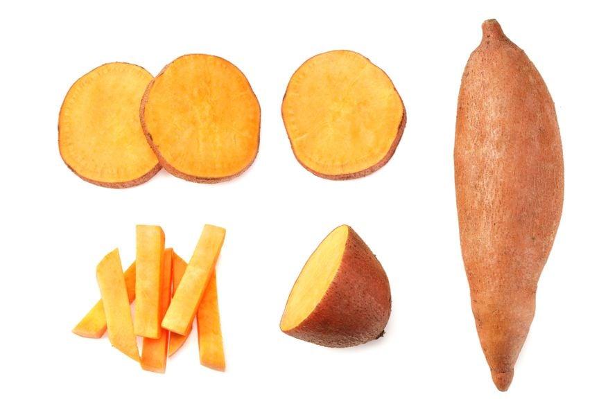 Süsskartoffeln, ganz und geschnitten